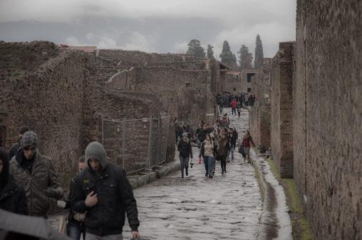 雨の日のポンペイ遺跡