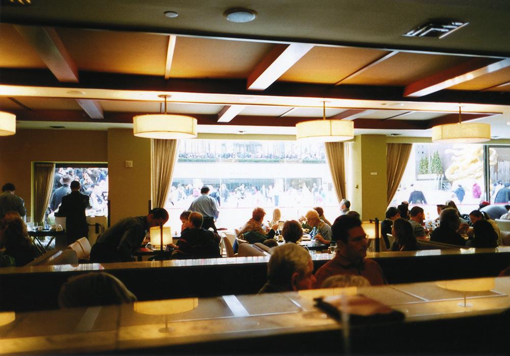 小林直行 カメラマン/写真 Rockefeller Centerカフェ